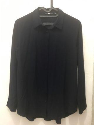 UNIQLO Kemeja Navy Blue T shirt Dark Blue