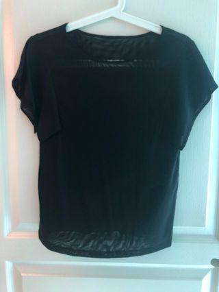 🚚 Giordano ladies black top in size 01