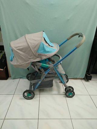 Combi雙向嬰兒推車二手
