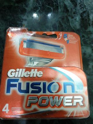 BNIB Gillette Fusion Power blades