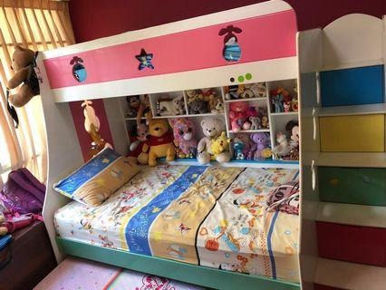 🚚 Bunk Bed with Pullout Bed(lower)with staircase