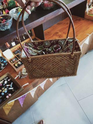 🚚 Handmade bag from bali
