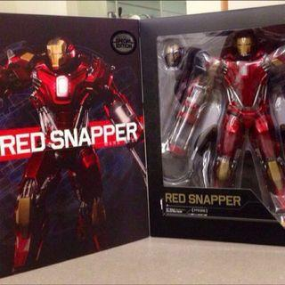 New In Box IRON MAN 3 MK XXXV RED SNAPPER ARMOR 1:6 HOT TOYS ACTION FIGURE