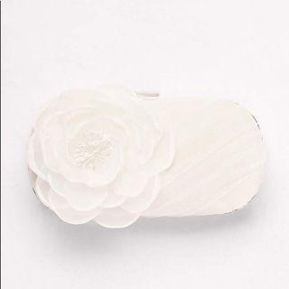 💝 White by Vera Wang Tulle Clutch with Flower 💝