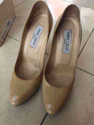 🚚 Jimmy Choo beige heels