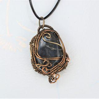 Labradorite Pendant Natural Rough Stone Necklace Wire Wrap Healing Stone Jewelry