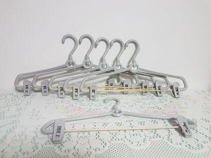Hanger With Two Clips.