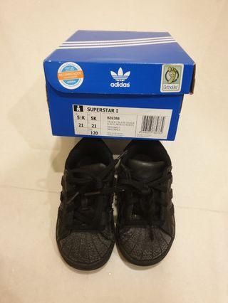 🚚 Adidas Shoes sneakers for toddler