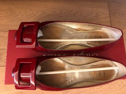 Roger Vivier Flat Shoes 🥿