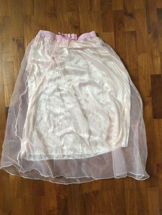 🚚 Pink Mesh Skirt