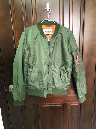 🚚 軍綠色飛行外套
