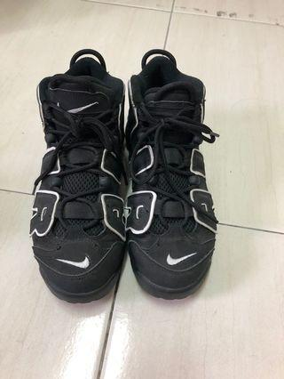 🚚 Nike Air More Uptempo 黑白