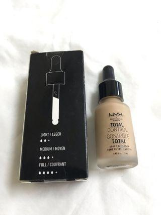 Nyx Drop Foundation in Soft Beige