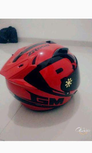 Helm GM Ukuran L