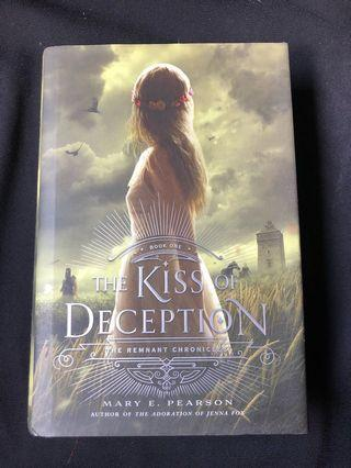 🚚 The Kiss of Deception by Mary E. Pearson