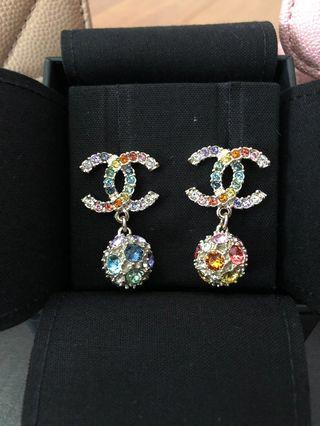 🌈Rainbow Crystal Chanel Earring with dangling Globe🌈