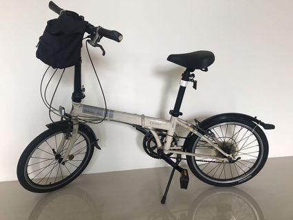 摺疊腳踏車