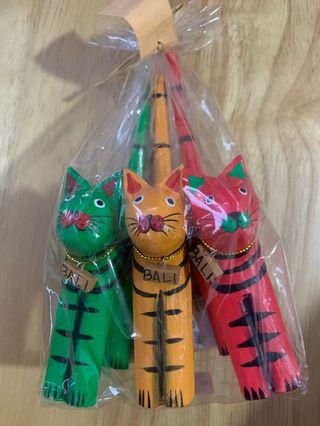 Bali souvenir cats (A pack of 3)