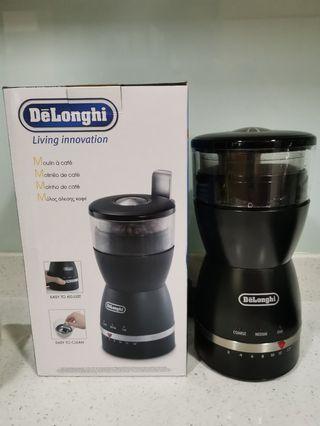 Like new Delonghi Coffee Bean Grinder KG49