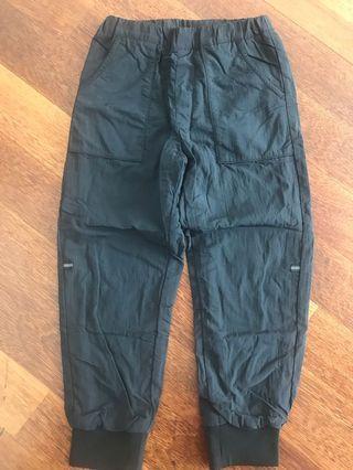 UNIQLO Kids fleece, warm pants.