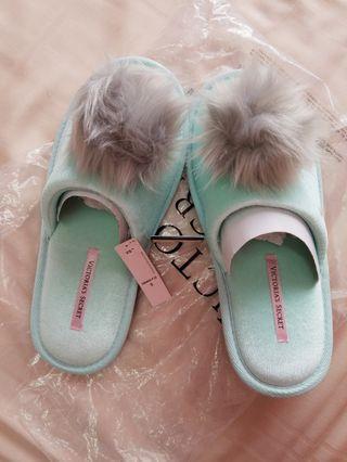 Victoria's Secret pom pom bedroom slipper
