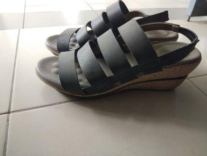 Bata Heels size 40