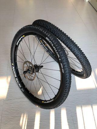 """26"""" Cannondale lefty wheelset"""
