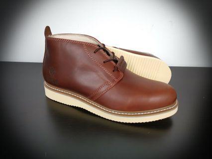 Nuker chukka boots