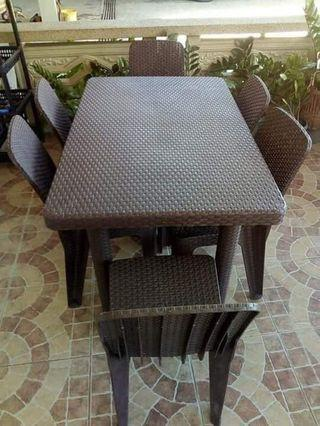 jolly rattan tables and chairs
