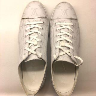 Louis Vuitton match up sneaker US9 monogram shoes offwhite Nike supreme Lv yeezy 350 700 500