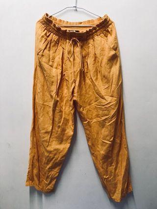 日本帶回橘色長褲