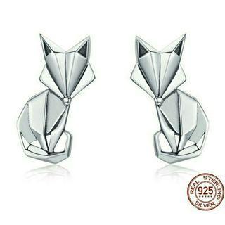 [Pre-Order] Genuine 925 Sterling Silver Fashion Folding Fox Animal Stud Earrings