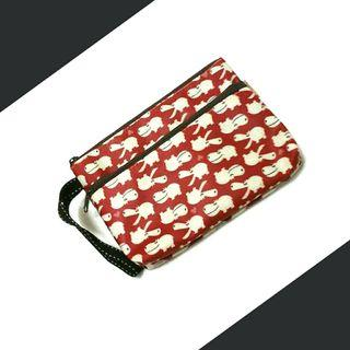 🚚 Waterproof Red Hippo Wristlet Pouch