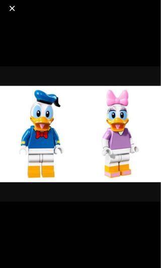 LEGO Donald daisy minifigure