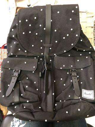 🚚 Herschel Backpack