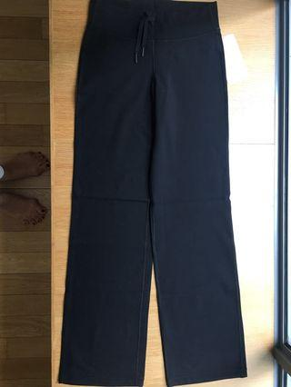 NEW Lululemon Relaxed Fit Pant, black, size 6