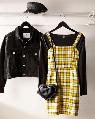 🚚 Uzzlang h and M plaid checkered yellow dress instock