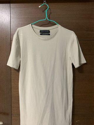 🚚 Zara Basic T-Shirt