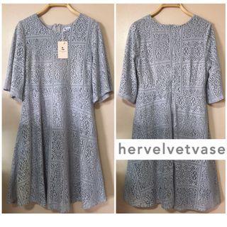 ✨BNWT HVV HER VELVET VASE FLORAL LACE EYELET A-LINE LONG SLEEVED FLOWY DRESS IN GREY, Size L Fits UK 12