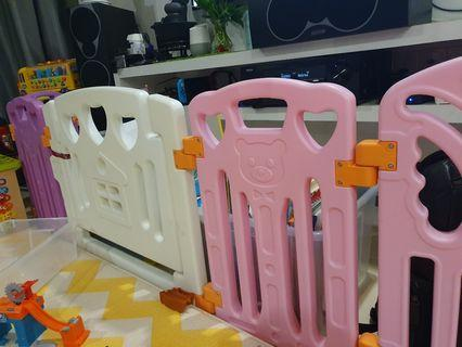 Coby safety plan fence playpen