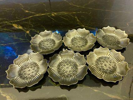 🚚 Lotus Metal Coasters