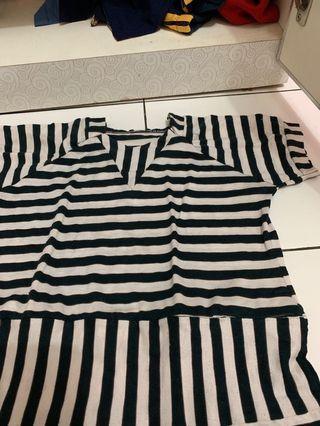 Strip dress black n white