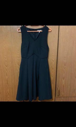 🚚 Love Bonito Nadane Box Pleats Dress in Black