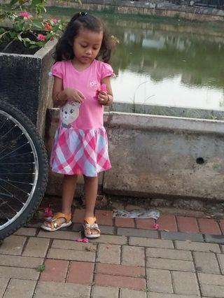Dress Little M