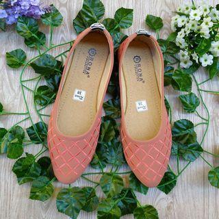 Sepatu SLIP-ON wanita cantik murah