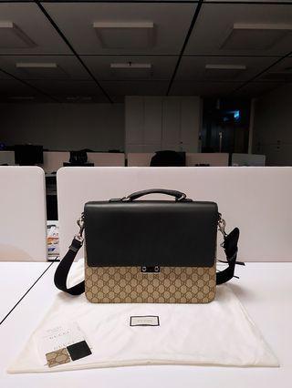 Gucci GG Supreme men briefcase/ messenger