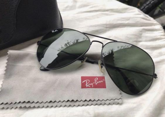 AUTHENTIC Ray-Ban Classic Aviator Black Frame