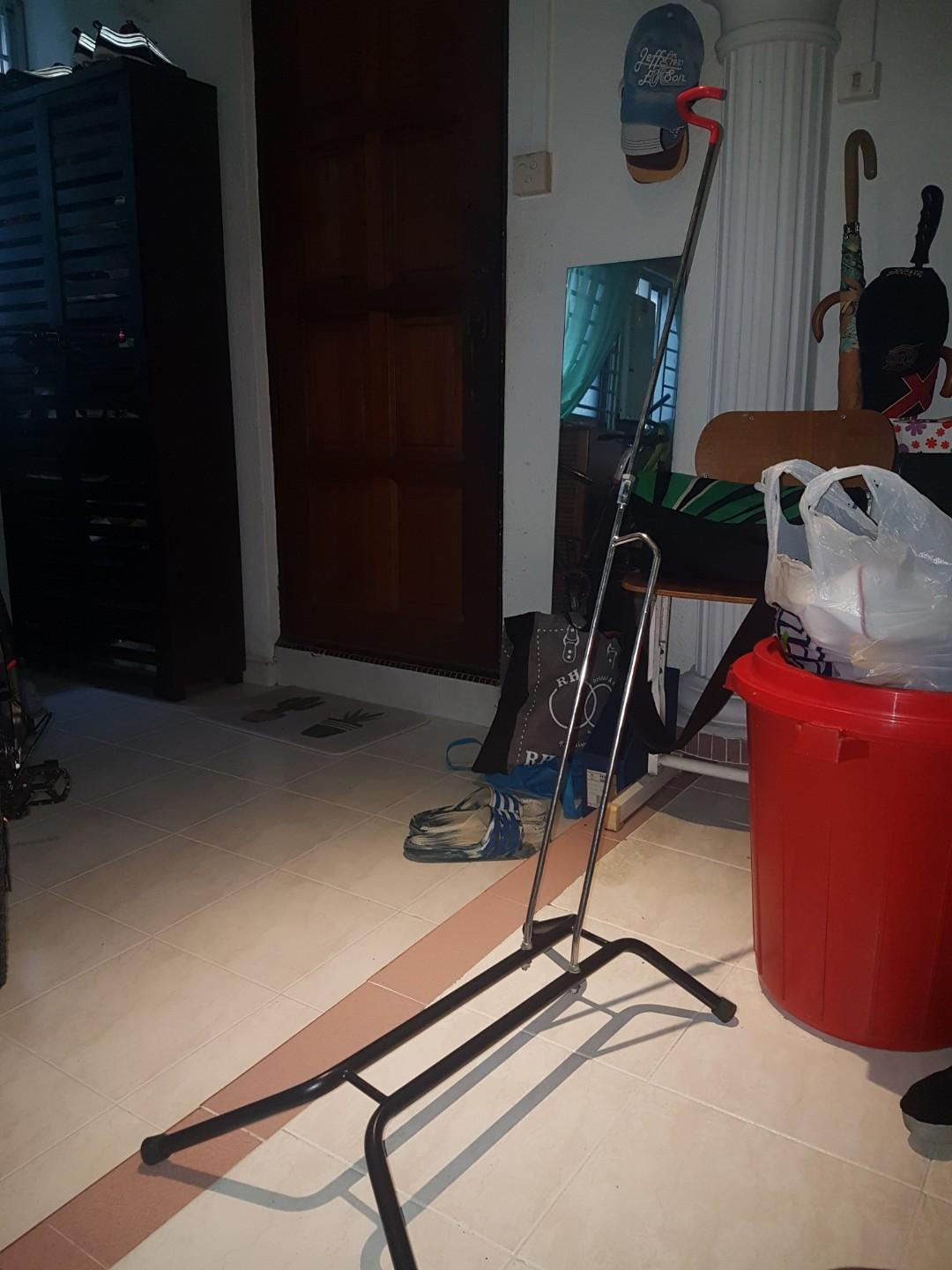 Bicycle L shaped stand rack