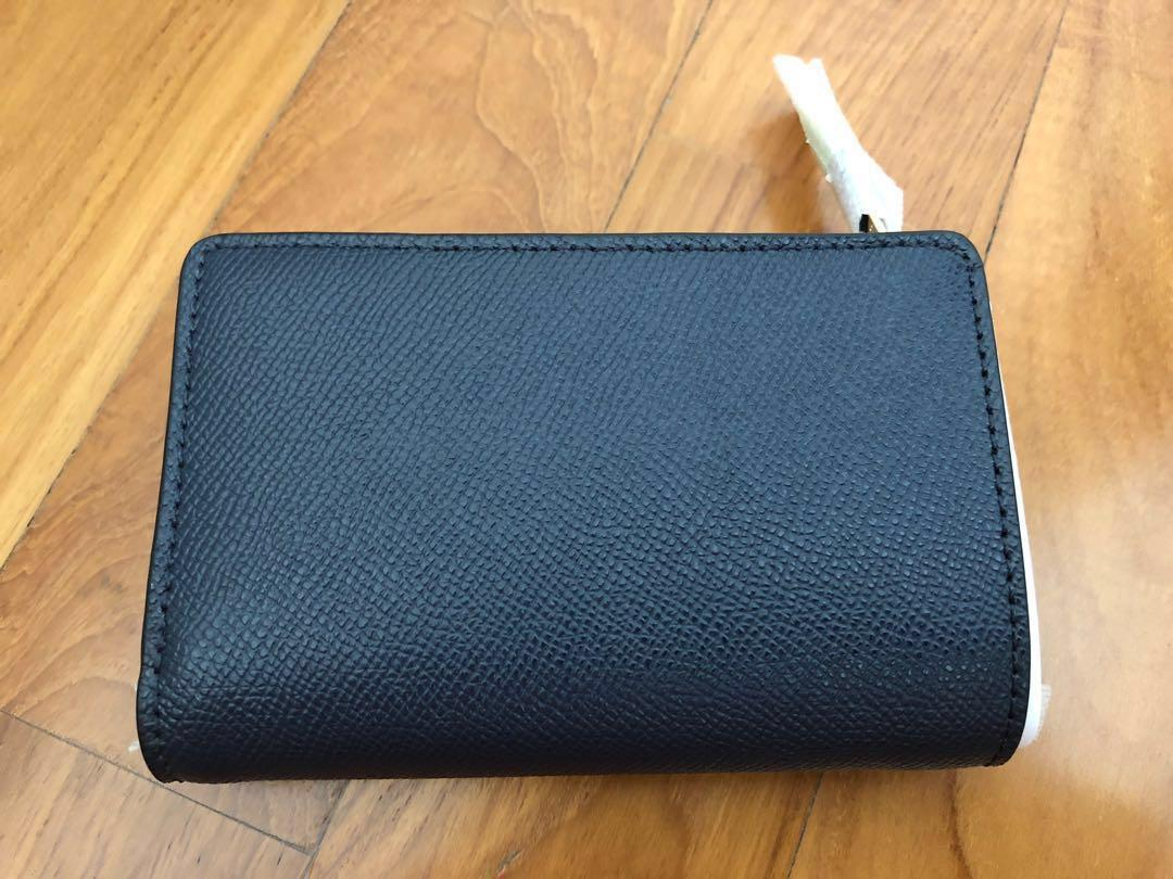 Brand new Coach crossgrain leather medium corner zip wallet navy blue F11484