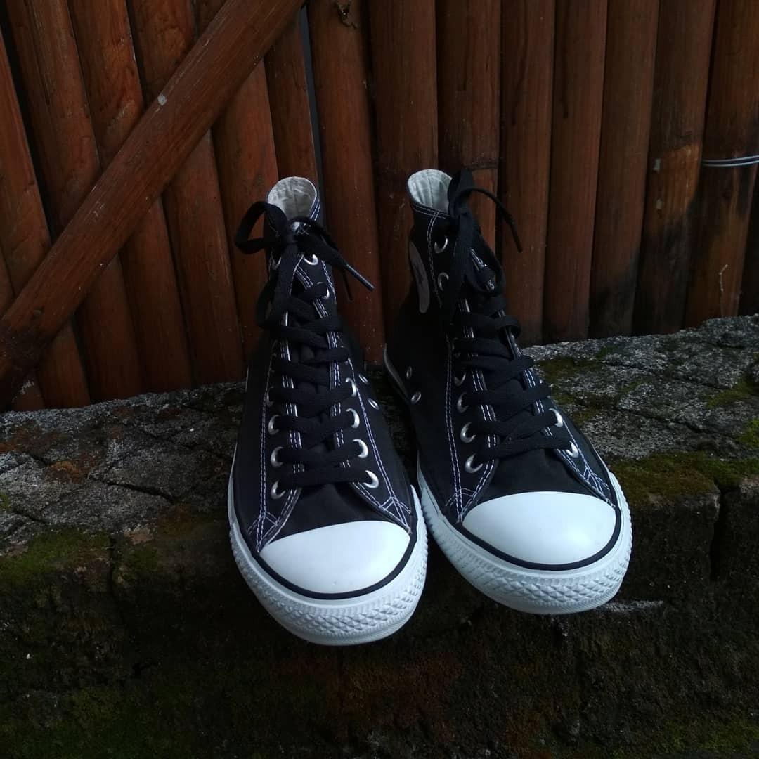 Converse Original 💯 Chuck Taylor All Star Hi Black White